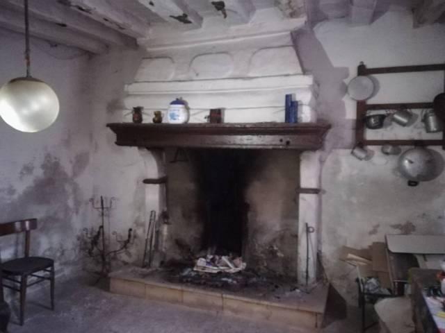 Rustico / Casale in vendita a Gadesco-Pieve Delmona, 6 locali, prezzo € 33.000 | CambioCasa.it