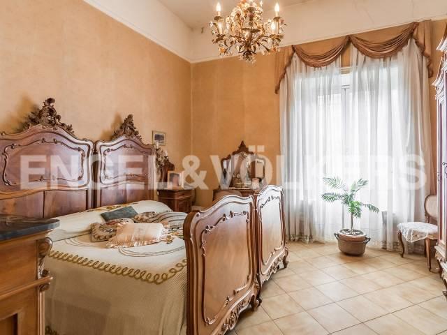 Appartamento in Vendita a Roma via cola di rienzo