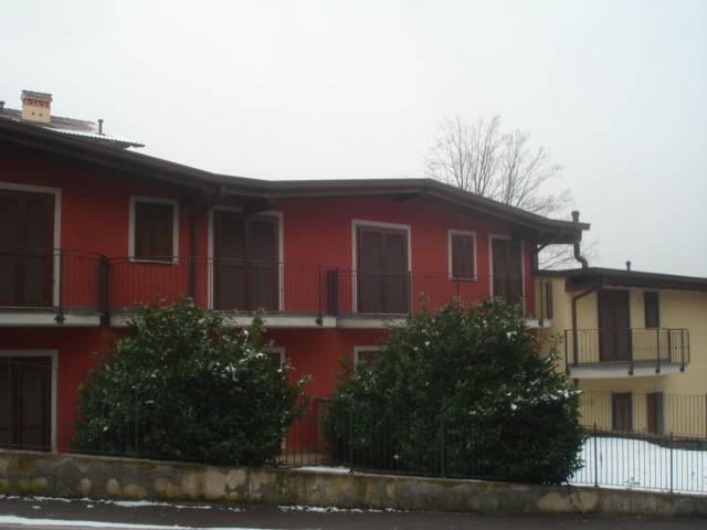 Villa a Schiera in vendita a Casnate con Bernate, 4 locali, prezzo € 230.000   CambioCasa.it