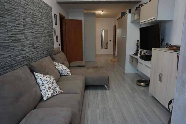 Appartamento in vendita a Ghedi, 3 locali, prezzo € 155.000 | CambioCasa.it