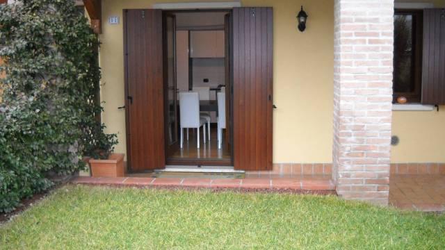 Appartamento in vendita a Peschiera del Garda, 2 locali, prezzo € 130.000 | CambioCasa.it