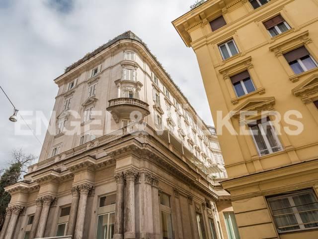 Appartamento in Vendita a Roma: 3 locali, 104 mq