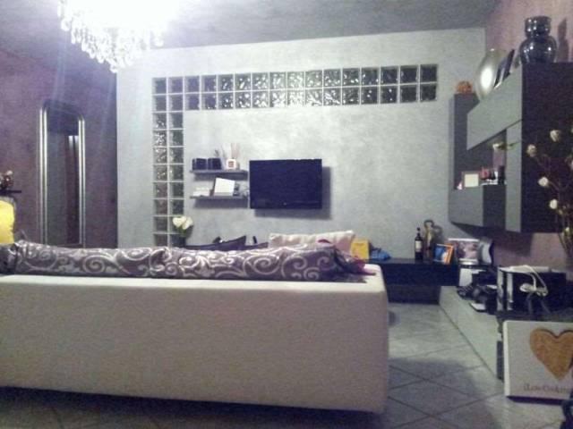 Appartamento in vendita a Grinzane Cavour, 1 locali, prezzo € 290.000 | CambioCasa.it