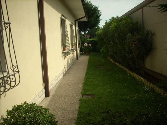 Villa in Vendita a Gazoldo degli Ippoliti