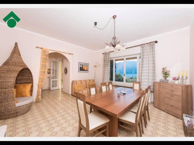Appartamento in vendita a Malcesine, 4 locali, prezzo € 380.000 | CambioCasa.it