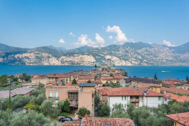 Appartamento in vendita a Malcesine, 3 locali, prezzo € 219.000 | CambioCasa.it