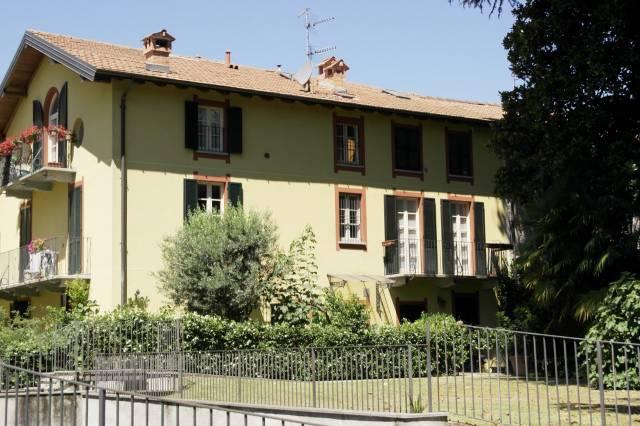 Appartamento in vendita a Besozzo, 2 locali, prezzo € 125.000 | CambioCasa.it