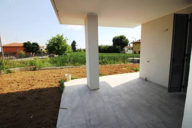 Appartamento in vendita a Cairate, 3 locali, prezzo € 221.000 | CambioCasa.it