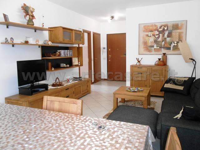Appartamento in vendita a Busto Garolfo, 3 locali, prezzo € 190.000 | CambioCasa.it