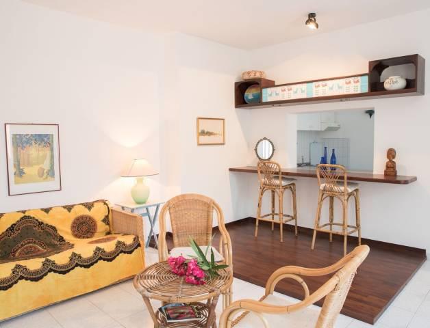 Appartamento in affitto a Santa Teresa Gallura, 3 locali, Trattative riservate | CambioCasa.it