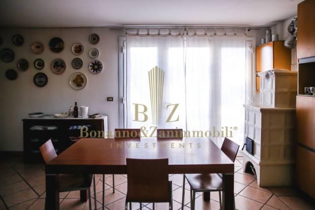 Soluzione Indipendente in vendita a Castelfranco Veneto, 6 locali, prezzo € 165.000 | CambioCasa.it