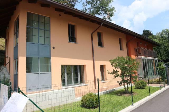 Villa a Schiera in vendita a Miazzina, 3 locali, prezzo € 250.000   CambioCasa.it