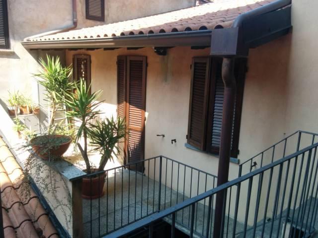 Appartamento in vendita a Borgomanero, 4 locali, prezzo € 195.000 | CambioCasa.it