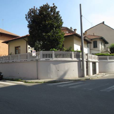 Villa in vendita a Alpignano, 4 locali, prezzo € 350.000 | CambioCasa.it