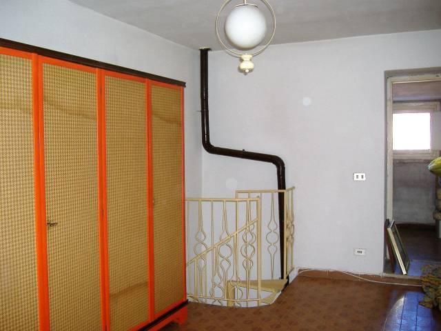 Soluzione Indipendente in vendita a Cairate, 3 locali, prezzo € 35.000 | CambioCasa.it