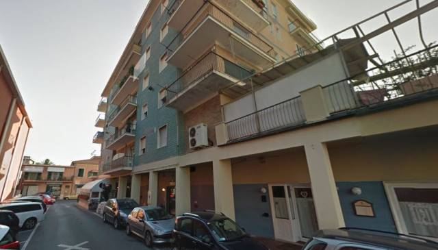 Appartamento in vendita a Lavagna, 2 locali, prezzo € 130.000   CambioCasa.it