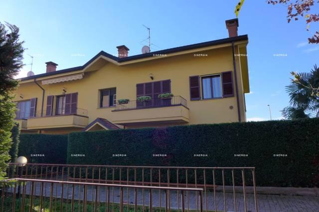 Appartamento in vendita a Abbiategrasso, 2 locali, prezzo € 108.000 | CambioCasa.it