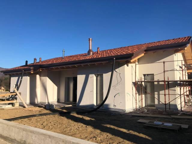 Villa in vendita a Oggiono, 4 locali, prezzo € 346.000   CambioCasa.it