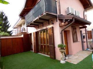 Soluzione Indipendente in vendita a Fagnano Olona, 3 locali, prezzo € 160.000 | CambioCasa.it