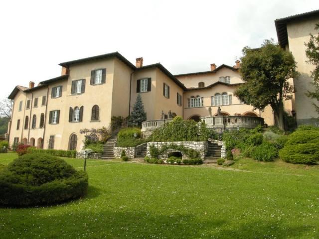Appartamento in vendita a Cenate Sotto, 5 locali, prezzo € 525.000 | CambioCasa.it