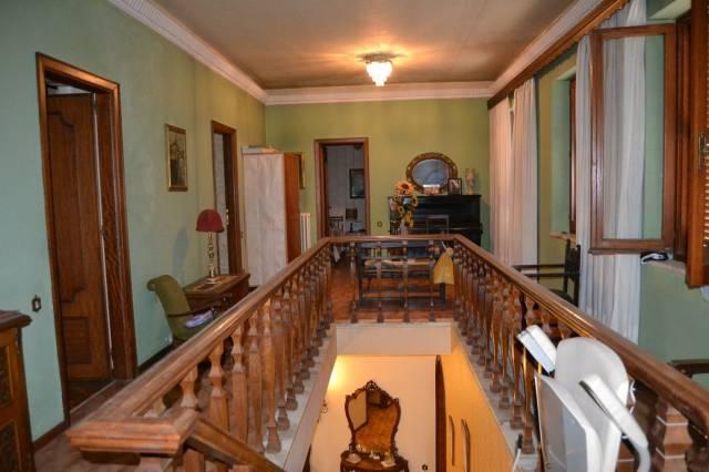 Villa in vendita a Ficulle, 4 locali, prezzo € 400.000 | CambioCasa.it
