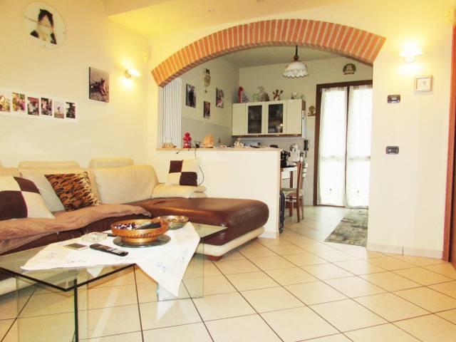 Villa a Schiera in vendita a Cusano Milanino, 4 locali, prezzo € 420.000 | CambioCasa.it