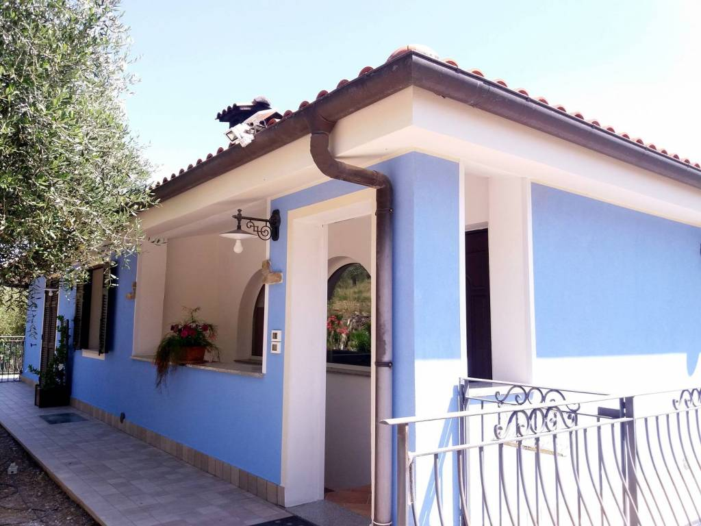 Villa/Villetta Imperia