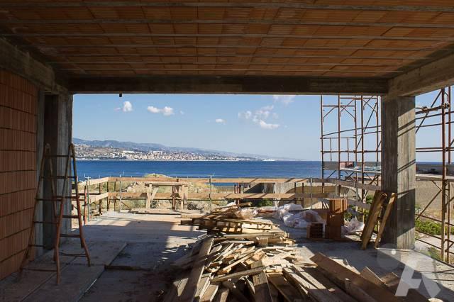 Villa in vendita a Messina, 4 locali, Trattative riservate | CambioCasa.it