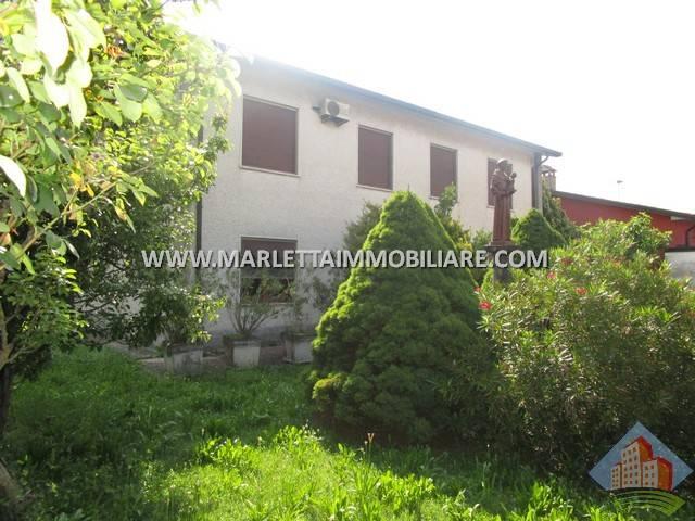 Villa in Vendita a Sergnano