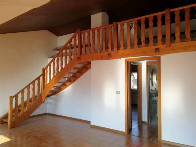 Appartamento in vendita a Pedavena, 5 locali, prezzo € 110.000 | CambioCasa.it