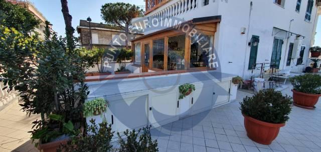 Appartamento in vendita a San Sebastiano al Vesuvio, 6 locali, prezzo € 460.000 | CambioCasa.it