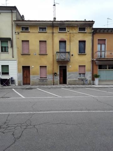 Soluzione Indipendente in vendita a Roverbella, 6 locali, prezzo € 65.000 | CambioCasa.it