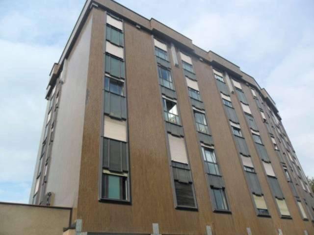 Appartamento in vendita a Legnano, 2 locali, prezzo € 178.000 | CambioCasa.it