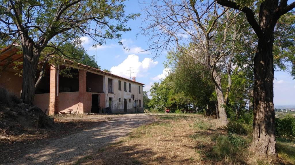 Rustico / Casale in vendita a Riolo Terme, 8 locali, prezzo € 115.000 | CambioCasa.it