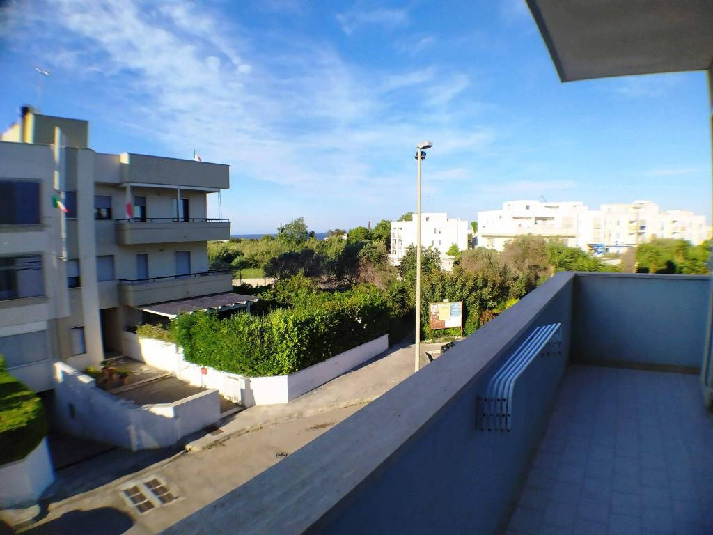 Appartamento in vendita a Otranto, 5 locali, prezzo € 190.000 | CambioCasa.it