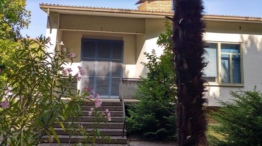 Soluzione Indipendente in vendita a Castel Bolognese, 5 locali, prezzo € 280.000 | CambioCasa.it