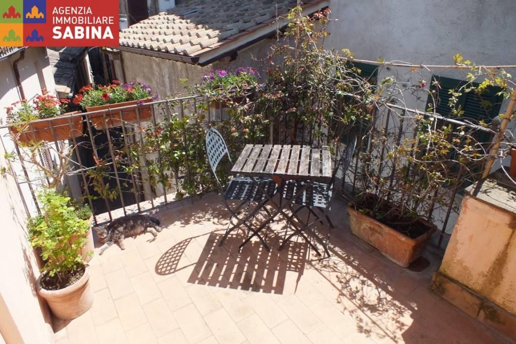 Appartamento in ottime condizioni in vendita Rif. 6506365