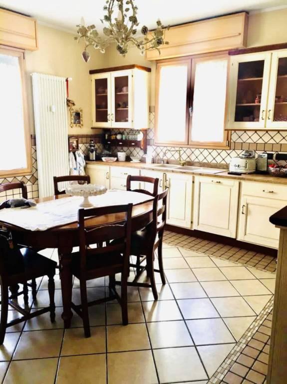 Appartamento in vendita a San Lazzaro di Savena, 5 locali, prezzo € 279.000 | PortaleAgenzieImmobiliari.it