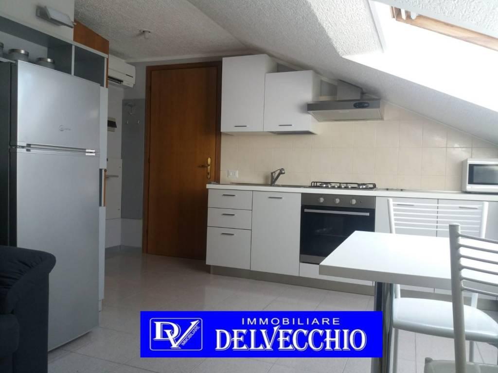Appartamento in affitto a Solaro, 2 locali, prezzo € 420 | PortaleAgenzieImmobiliari.it
