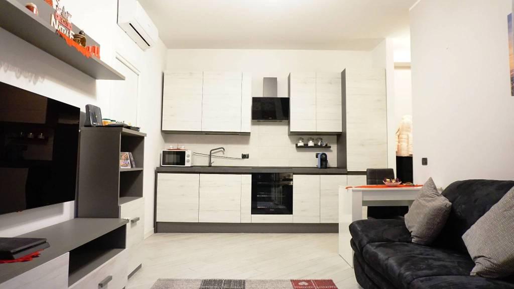 Appartamento in vendita a Melegnano, 3 locali, prezzo € 145.000 | CambioCasa.it