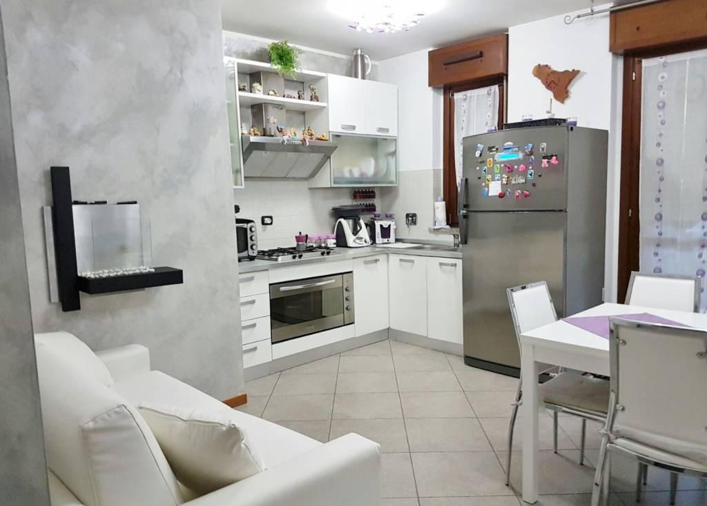 Appartamento in vendita a Venaria Reale, 2 locali, prezzo € 149.000 | CambioCasa.it