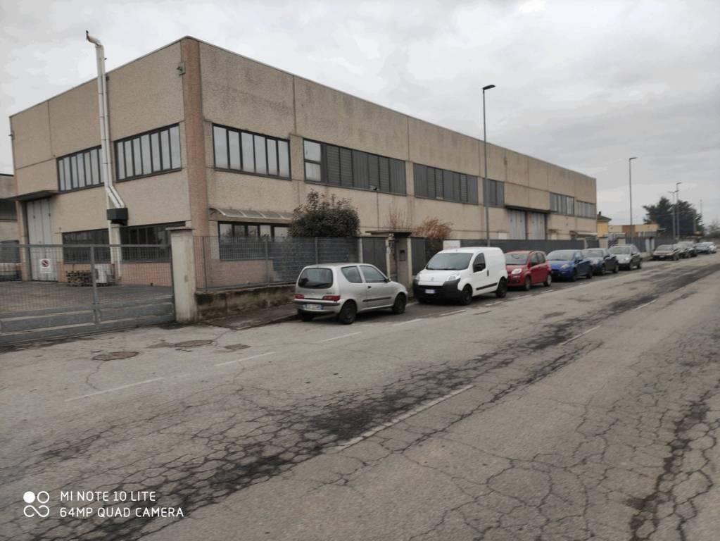Capannone in affitto a Volvera, 3 locali, prezzo € 2.200 | PortaleAgenzieImmobiliari.it
