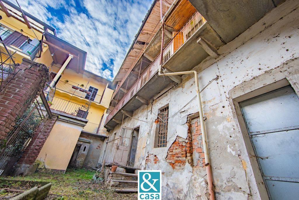 Rustico / Casale in vendita a Villafranca Piemonte, 9 locali, prezzo € 77.000 | CambioCasa.it