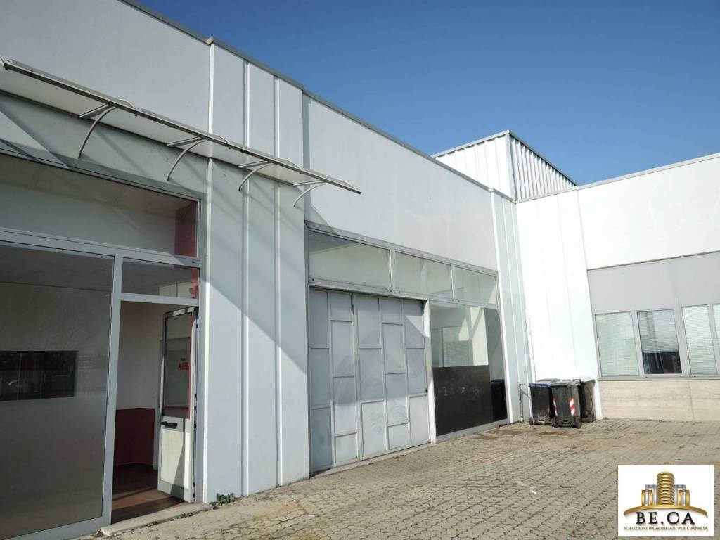 Capannone in vendita a Rondissone, 1 locali, prezzo € 320.000 | CambioCasa.it