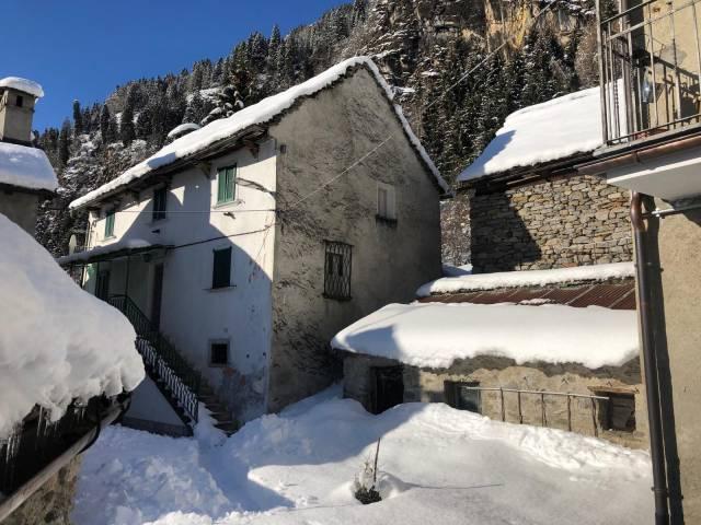 Casa tipica ossolana in vendita a Premia