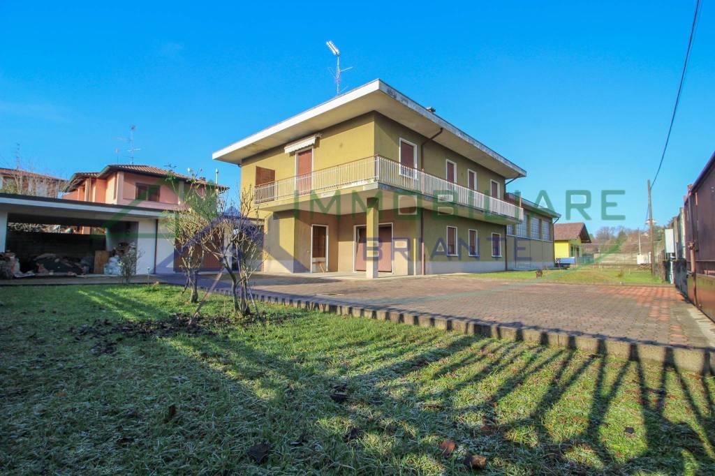 Villa in vendita a Arsago Seprio, 5 locali, prezzo € 269.000 | CambioCasa.it