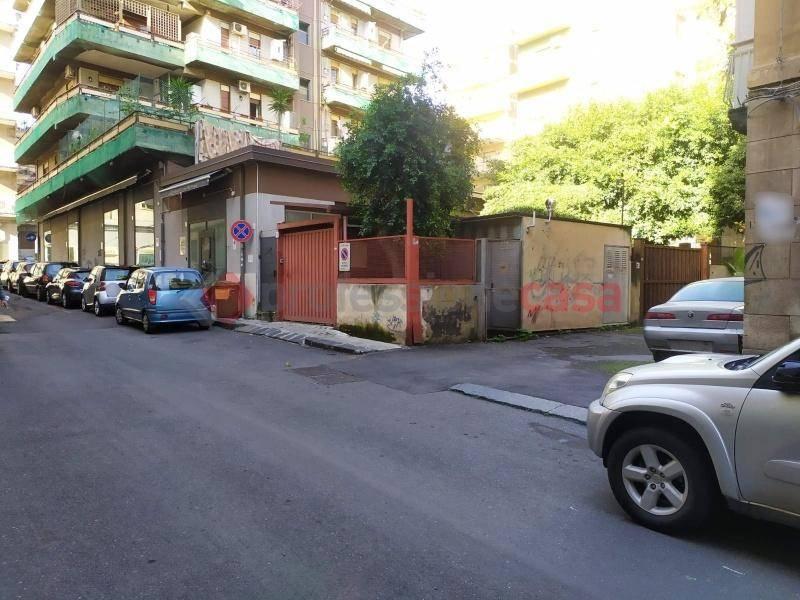 Posto-box auto in Vendita a Catania Centro: 34 mq