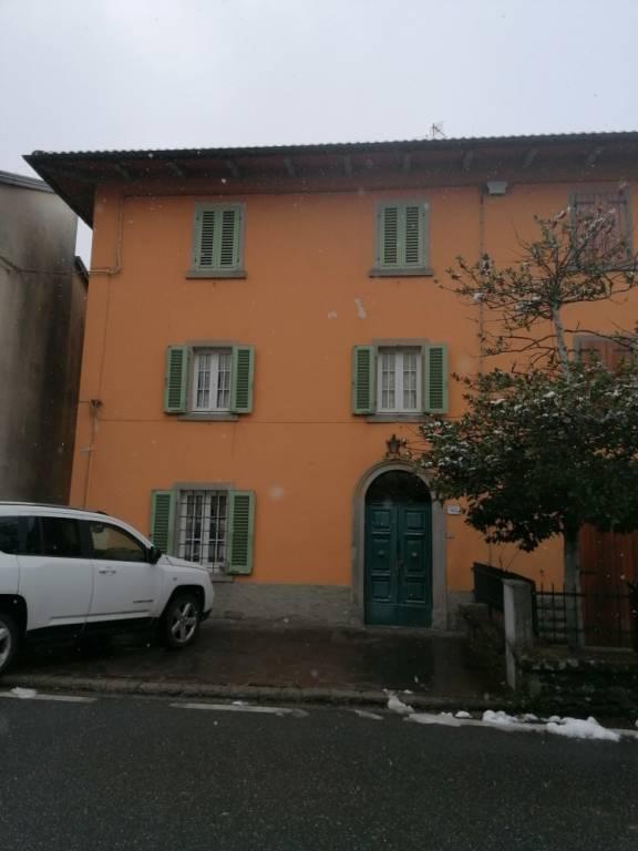 Soluzione Indipendente in vendita a Firenzuola, 8 locali, prezzo € 55.000 | CambioCasa.it