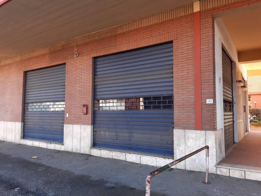 Negozio / Locale in affitto a Vetralla, 4 locali, prezzo € 500 | CambioCasa.it