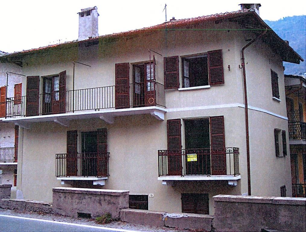 Appartamento in vendita a Chiomonte, 4 locali, prezzo € 43.000 | CambioCasa.it